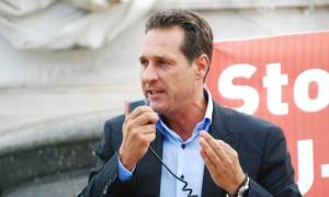 Δημοψήφισμα για το Grexit ζητάει ο αρχηγός της αυστριακής Ακροδεξιάς!