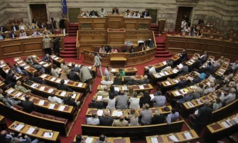 Βουλή: Υπερψηφίστηκαν και τα τέσσερα άρθρα του νομοσχεδίου για την ιθαγένεια