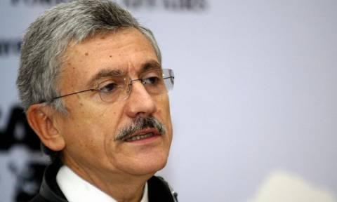 Ντ'Αλέμα: Η Ευρώπη πνίγεται σε μία κουταλιά νερό - Δεν τη συμφέρει η χρεοκοπία της Ελλάδας