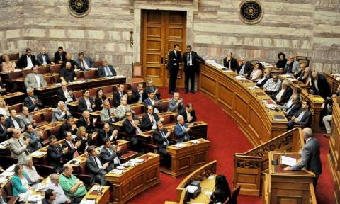 Συμφωνία: Υπερψηφίστηκε η εξουσιοδότηση για διαπραγμάτευση