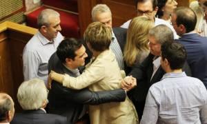 Συμφωνία-Πρώτο θέμα στα διεθνή ΜΜΕ το αποτέλεσμα της ψηφοφορίας