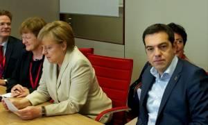 Συμφωνία - FT: Ό,τι και να επιλέξει η Μέρκελ χάνει