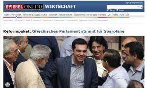 Συμφωνία - Spiegel: Κούρεμα ή αναδιάρθρωση του ελληνικού χρέους