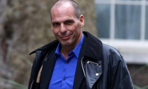 Eurogroup - Βαρουφάκης: «Ρωτήστε τον Σόιμπλε για τη συμφωνία»