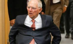 FAZ – Βόμβα Σόιμπλε: Προτείνει πενταετές Grexit
