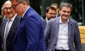 Eurogroup - Reuters: Ετοιμάζουν απάντηση με τα πρόσθετα μέτρα που ζητούν από Ελλάδα