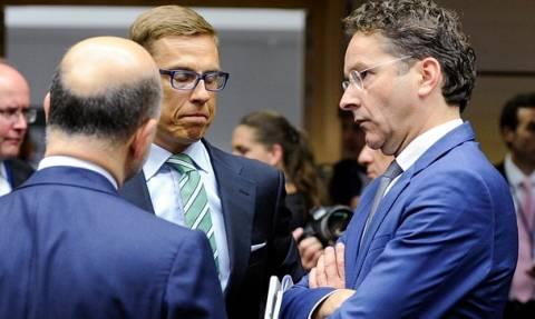 Eurogroup: Οι ασφυκτικές πιέσεις των ΥΠΟΙΚ στον Τσακαλώτο και το θρίλερ με τον Φινλανδό