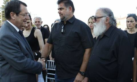 Η Κύπρος τίμησε τους ήρωες της ΕΜΑΚ