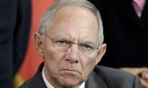 Σύνοδος Κορυφής - Γερμανοί οικονομολόγοι: «Φενάκη το προσωρινό Grexit»