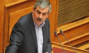 Πετράκος σε Τσίπρα: «Mην τα δέχεσαι, γύρνα και κάνε εκλογές με ερώτημα για ρήξη»