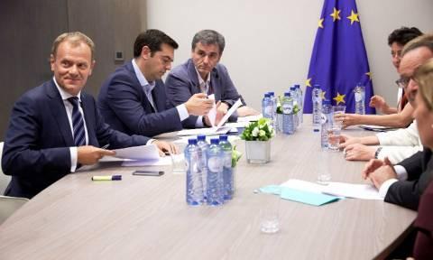 Σύνοδος Κορυφής: Τελευταίο ανοιχτό ζήτημα τα 50 δισ. για να κλείσει η συμφωνία