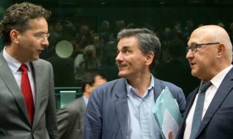 Συμφωνία - Το Eurogroup αποφασίζει για τη βραχυπρόθεσμη χρηματοδότηση της Ελλάδας
