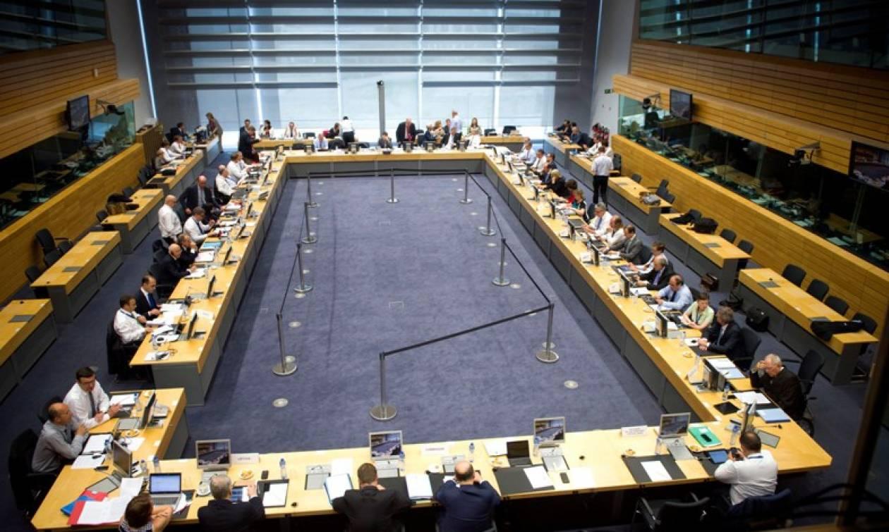 Συμφωνία: Χρηματοδότηση-γέφυρα για την Ελλάδα εξέτασε το Eurogroup