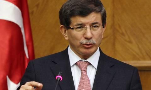 Τουρκία: Ο Νταβούτογλου άρχισε διαπραγματεύσεις για το σχηματισμό κυβέρνησης συνασπισμού