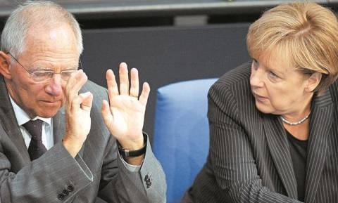 Συμφωνία: Επικρίσεις της γερμανικής αντιπολίτευσης σε Μέρκελ - Σόιμπλε για τη διαπραγμάτευση