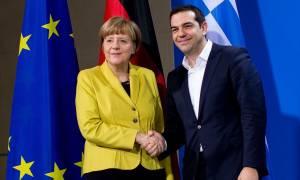 Συμφωνία - Reuters: Τσίπρας σε Μέρκελ: Αν δεχτώ αυτά που λες βγάζω εισιτήριο για άλλη χώρα