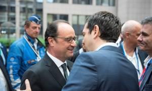 Συμφωνία – Ολάντ: Ο Τσίπρας έβαλε την Ελλάδα πάνω από το πρόγραμμά του