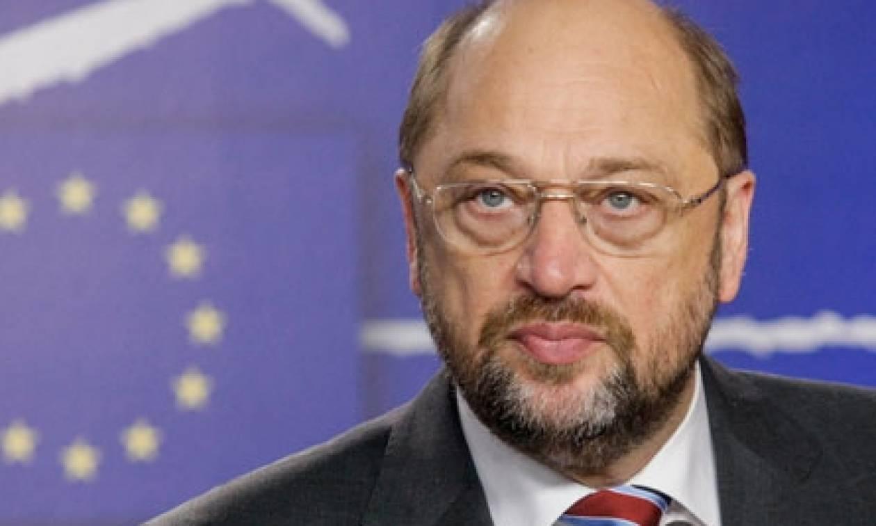 Σουλτς: Τάχθηκε υπέρ της δημιουργίας ευρωπαϊκής κυβέρνησης
