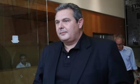 ΑΝΕΛ: Ο πρόεδρος του ΚΕΕΛΠΝΟ παρέδωσε τη λίστα στον Καμμένο