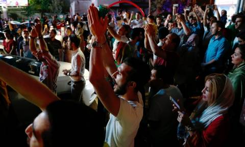 Πυρηνικό πρόγραμμα Ιράν: Στους δρόμους οι Ιρανοί για να γιορτάσουν τη συμφωνία (pics)
