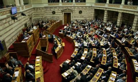 Δείτε LIVE την κρίσιμη ψηφοφορία για το νομοσχέδιο της συμφωνίας