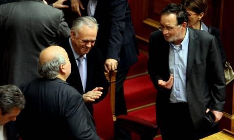 Μνημόνιο: Επεισόδιο στη Βουλή ανάμεσα σε Λαφαζάνη και Δραγασάκη