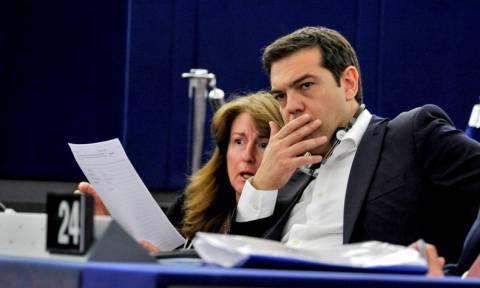 Μνημόνιο 3: Eγγυήσεις για τη συμβολή τους στο δάνειο - γέφυρα της Ελλάδας ζητούν Βρετανία - Τσεχία
