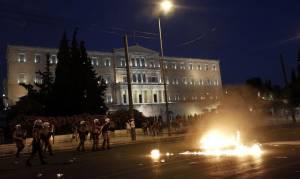 Μνημόνιο: Πεδίο μάχης το κέντρο της Αθήνας