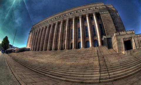 Μνημόνιο 3: Στη φινλανδική Βουλή η συμφωνία με την Ελλάδα
