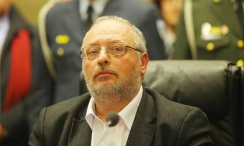 Ανασχηματισμός -Ήσυχος: Η κυβέρνηση δεν κινδυνεύει από τους βουλευτές της