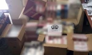 Χαλκίδα: Την... τσάκωσαν με περισσότερα από 3.000 πακέτα λαθραίων τσιγάρων