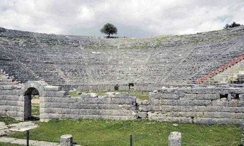 Ανοίγει έπειτα από 17 χρόνια το αρχαίο θέατρο της Δωδώνης με την παράσταση «Προμηθέας Δεσμώτης»