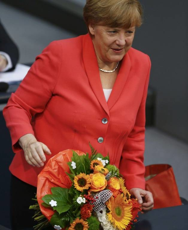 Τα γενέθλια της Μέρκελ στη Μπούντεσταγκ (photos)