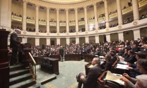 Μνημόνιο – Βέλγιο: «Κορώνες» και αντεγκλήσεις στη βελγική βουλή λόγω Ελλάδας