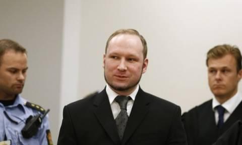 Νορβηγία: Πολιτικές Επιστήμες από το κελί του θα σπουδάσει ο Άντερς Μπράιβικ