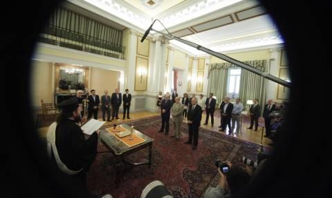 Ανασχηματισμός: Η ορκωμοσία του νέου κυβερνητικού σχήματος μέσα από το φακό (photos)