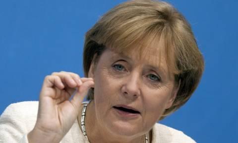 Νέο «όχι» της Μέρκελ για «κούρεμα» του ελληνικού χρέους - Συζητά επιμήκυνση και μείωση επιτοκίων