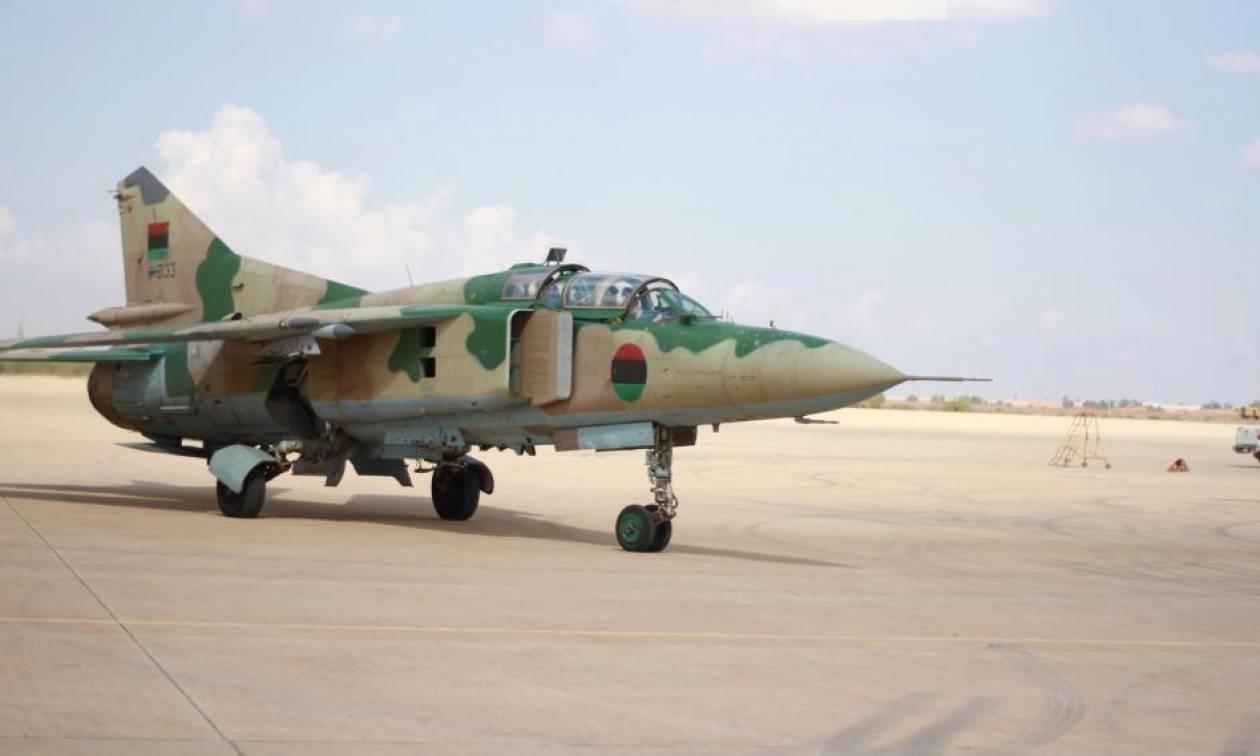 Λιβύη: Πολεμικό αεροπλάνο βύθισε πλοίο με τζιχαντιστές και όπλα