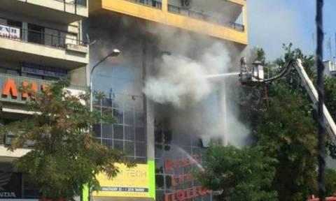 Θεσσαλονίκη: Φωτιά σε κτίριο επί της οδού Παπαναστασίου