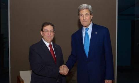 Κέρι: Δεν έχουμε πρόθεση να αλλάξουμε το καθεστώς για το Γκουαντάναμο