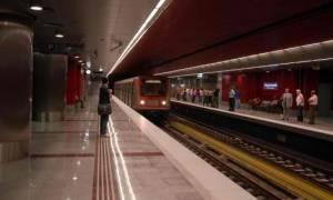Συνελήφθη σπείρα πορτοφολάδων που… ξάφριζε επιβάτες σε ηλεκτρικό και μετρό