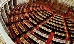 Μνημόνιο 3 - Αντιπαράθεση σε επίπεδο εισηγητών για το νομοσχέδιο με τα δεύτερα προαπαιτούμενα