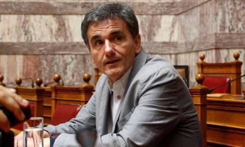 Τσακαλώτος: Έλεγχοι για εμβάσματα και καταθέσεις Ελλήνων στο εξωτερικό