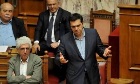 Парламент одобрил второй пакет реформ, раскол в партии СИРИЗА