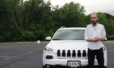 Χάκερ έριξαν τζιπ σε χαντάκι εξ αποστάσεως (video)