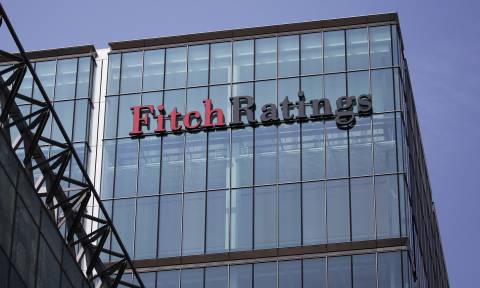 Fitch: Στα 15,9 δισ. ευρώ οι κεφαλαιακές ανάγκες των ελληνικών τραπεζών
