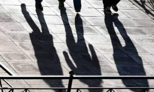 ΙΝΕ-ΓΣΕΕ: «Καμπανάκι» για τη λιτότητα και την αγορά εργασίας