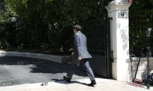 Μνημόνιο 3: Μεταθέτει για αργότερα το χρόνο των πρόωρων εκλογών ο Τσίπρας