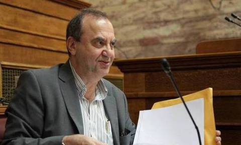 Στρατούλης: Να απεγκλωβιστούμε από τη μνημονιακή συμφωνία