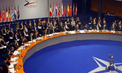 ΝΑΤΟ: Έκτακτη συνάντηση την Τρίτη (28/07) έπειτα από αίτημα της Τουρκίας
